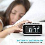 Digital Alarm Clock, MoKo Multifunctional FM Radio Dual Alarm Table Bedside Clock LCD Display with 2 USB Charger, Snooze/Dimmer Control/Indoor Thermometer for Bedroom - BLACK de la marque MoKo image 3 produit